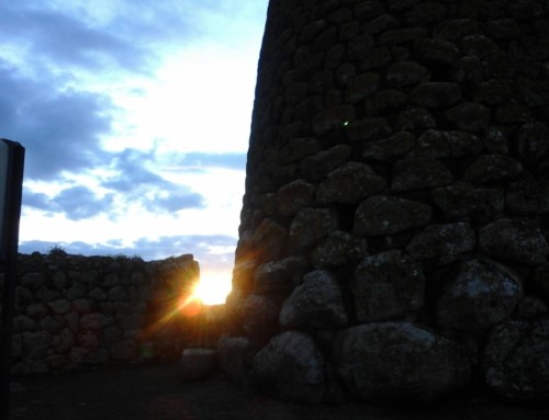 Solstizio d'inverno dall'alba al Tramonto al Nuraghe Losa e dintorni